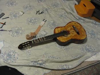 激安ギターの実験 012.jpg